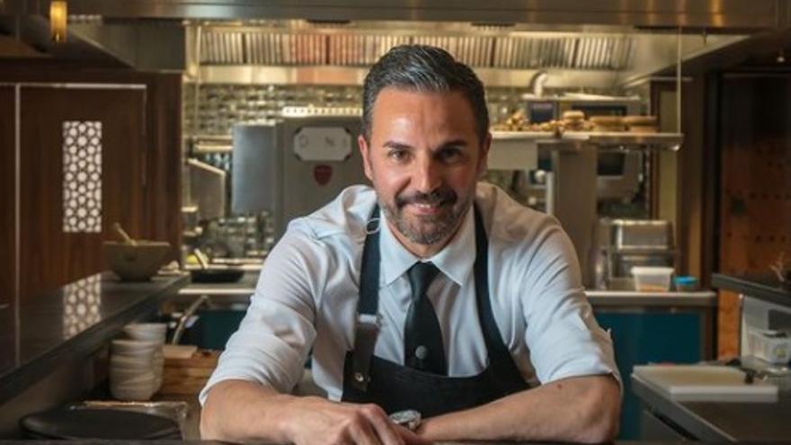 Sanitas Baleares celebra una jornada gastronómica de la mano del chef Santi Taura