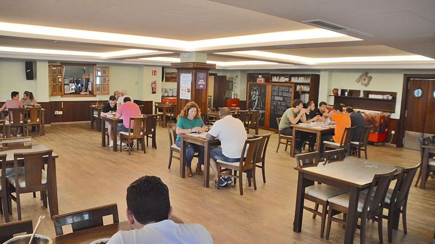 El TSJB rechaza levantar las restricciones que impiden el uso interior de los restaurantes en Baleares