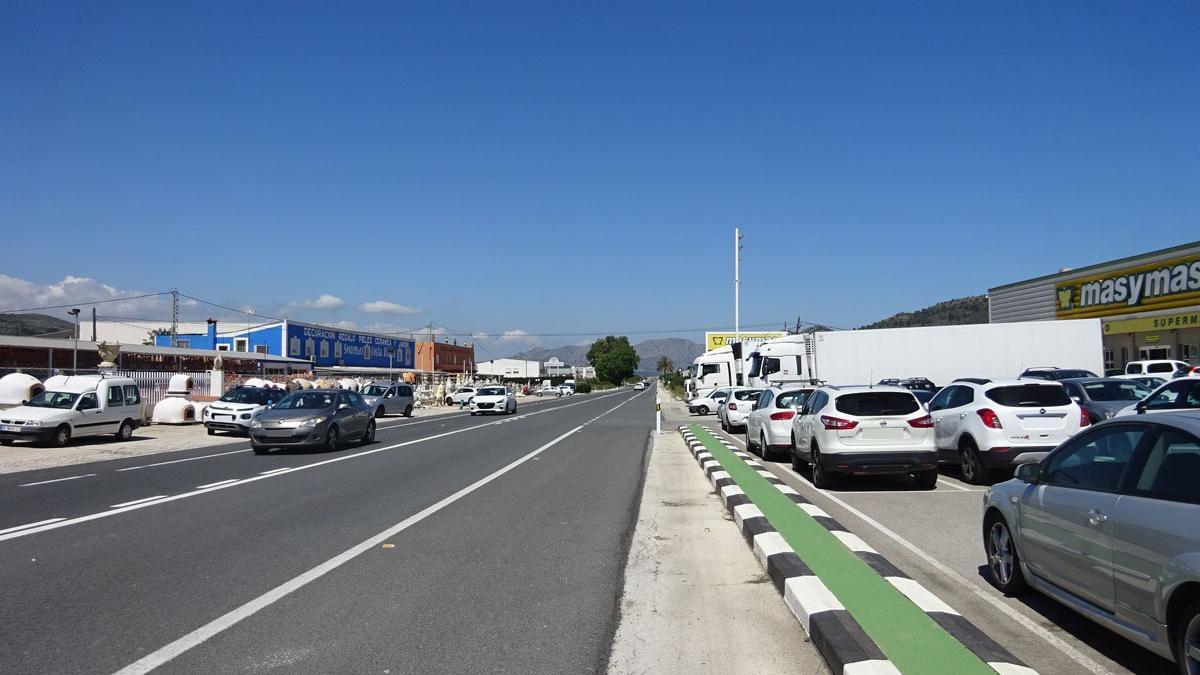 Las empresas están a ambos lados de la N-332 entre Gata, Pedreguer y Ondara