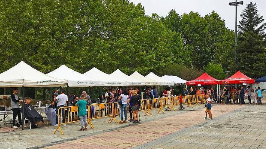 La setena Festa Solidària de Súria omple les Pistes de l'Escorxador