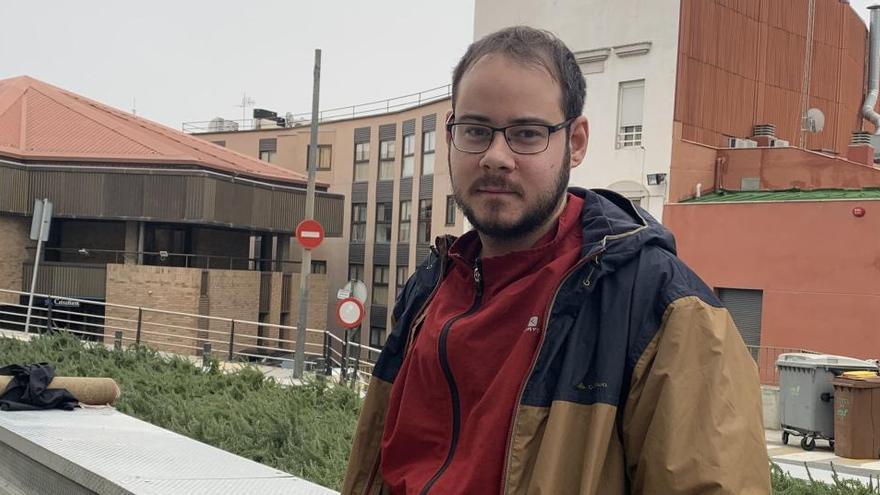 """Pablo Hasél: """"Tendrán que venir a secuestrarme para entrar en prisión"""""""