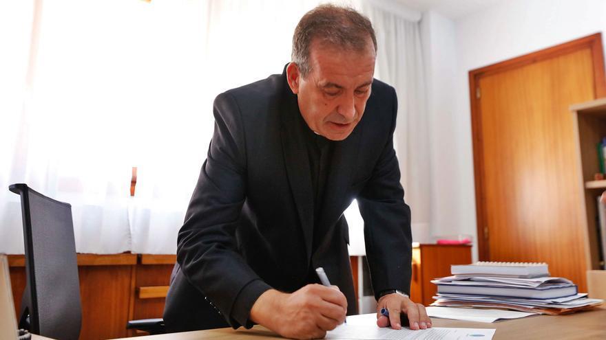Vicent Ribas Prats, obispo electo de la Pitiusas: «En el cole me llamaban el curita. Montaba procesiones. No dejé un gato del barrio sin bautizar»