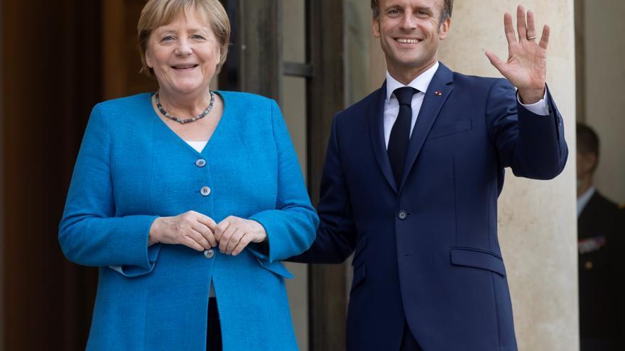 Merkel y Macron abordan en París la crisis afgana