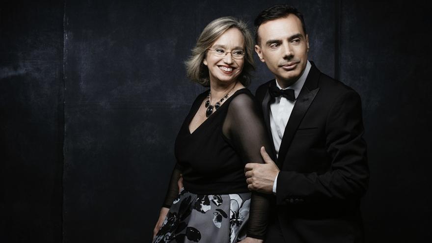 Carles & Sofía toquen al festival de Sant Pere de Rodes