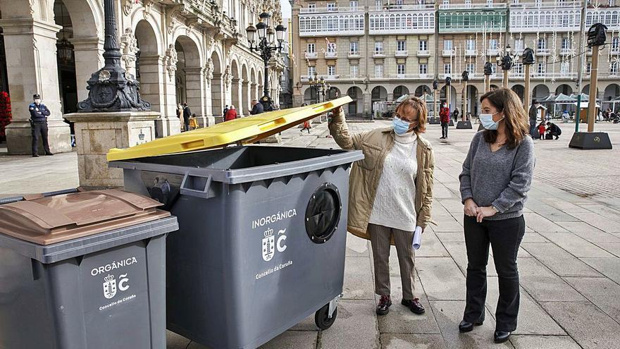El Concello comienza mañana a instalar los nuevos contenedores de la basura en las calles