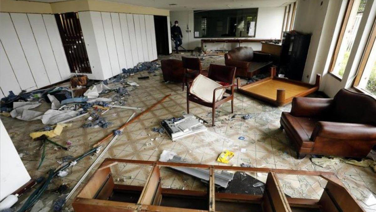 El consulado de Venezuela en Colombia está en ruinas y abandonado