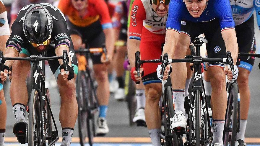El Giro vive el esprint del año en el adiós siciliano