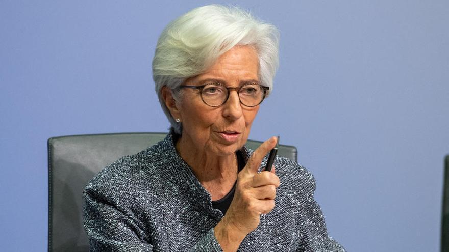 Lagarde anticipa una gran contracción de la zona euro