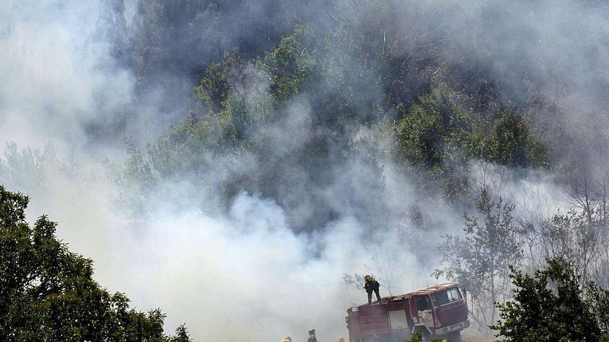 Apenas el 6% de los incendios forestales en Galicia acaba con un sospechoso detenido
