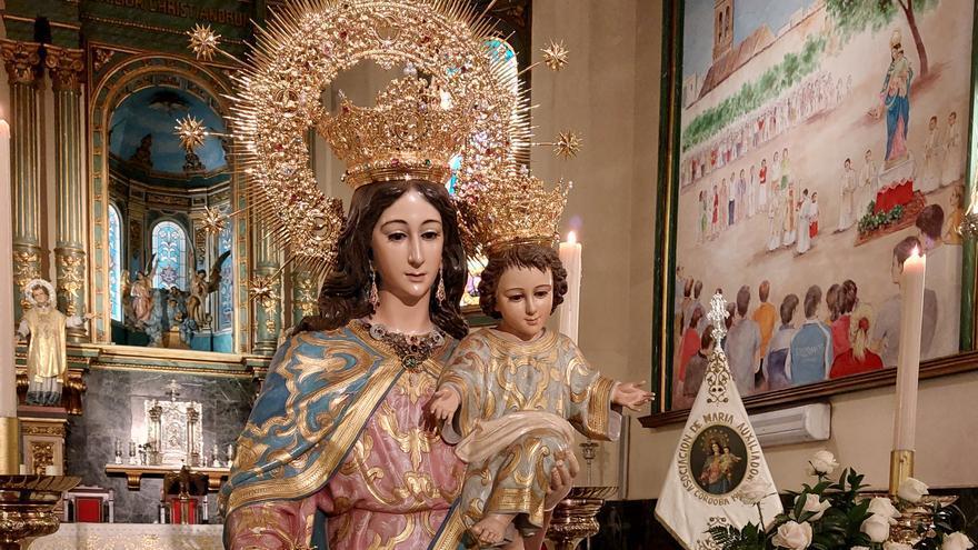 Quirónsalud realiza un estudio a la Virgen María Auxiliadora del Santuario de Salesianos para restaurarla