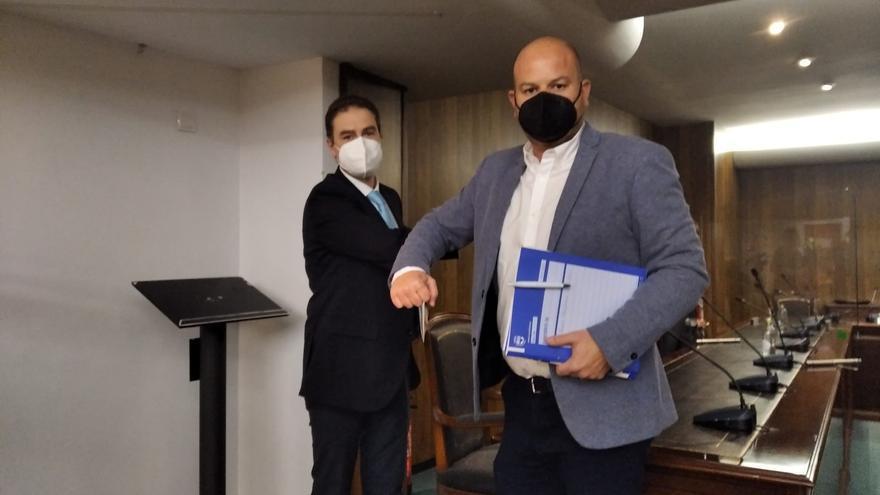 El PP saca adelante la moción de censura en Teulada para apartar a Compromís de la Alcaldía