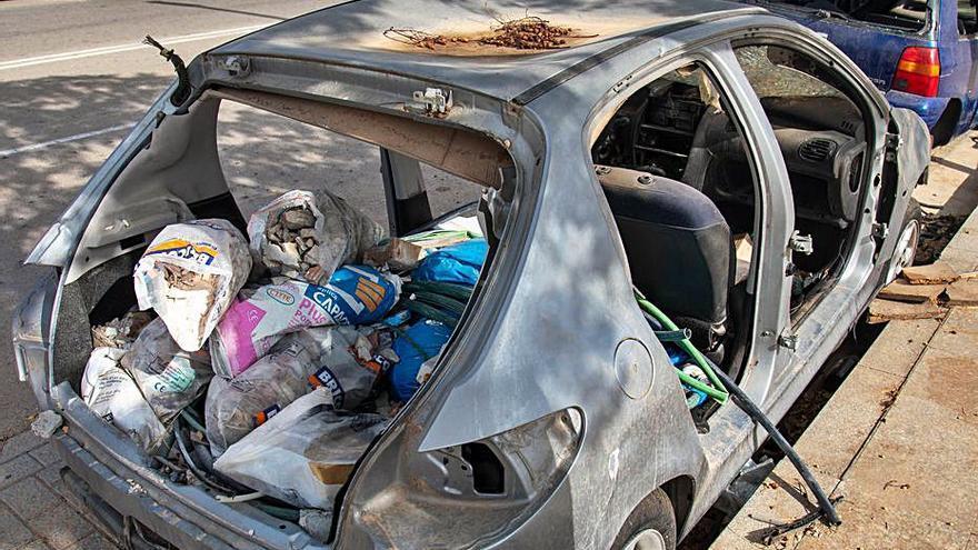 La Policía de Palma retira cinco coches abandonados por día