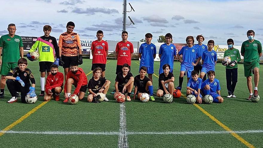 23 jugadores perfeccionan su técnica en Villaralbo