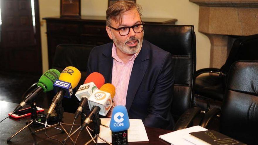Pizarro ve «abandono intencionado y discriminación» en los presupuestos del Estado y la Junta