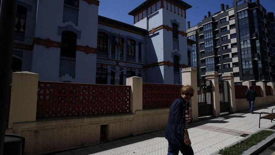 Cerrados el colegio Sabugo, el Palacio Valdés y varios ciclos del Menéndez Pidal por la incidencia de covid en sus aulas