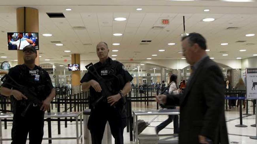 Desviados dos vuelos a París por amenaza de bomba