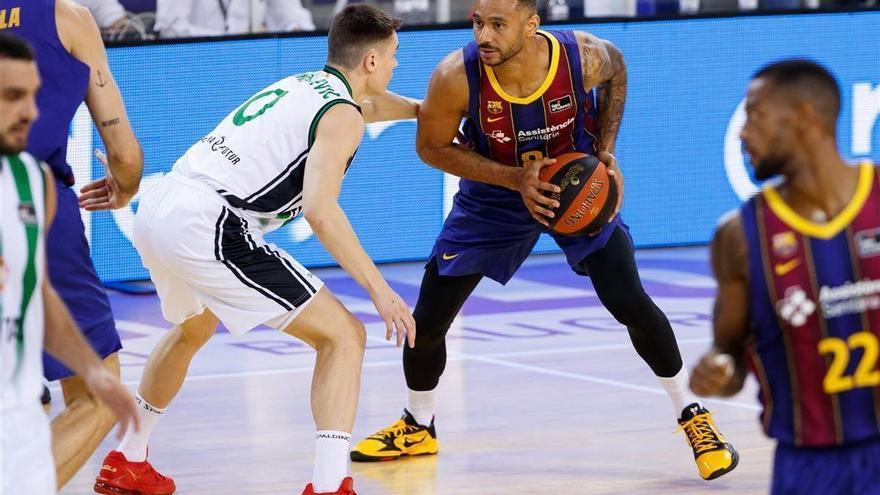 Hanga lanza a un Barça dominante ante la Penya