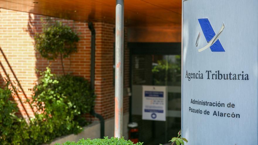 Hacienda recibe 900.000 declaraciones del IRPF en el primer día de campaña