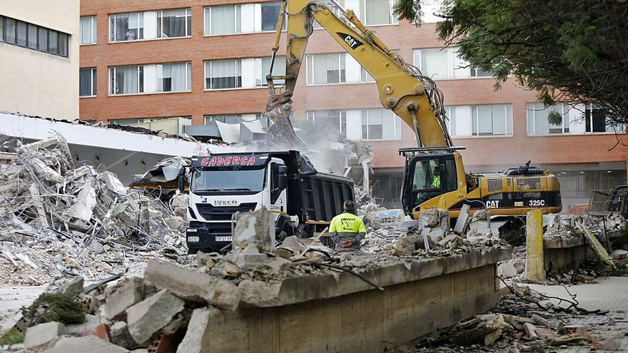 El Consell de Cultura defiende  la ampliación del Hospital Clínico