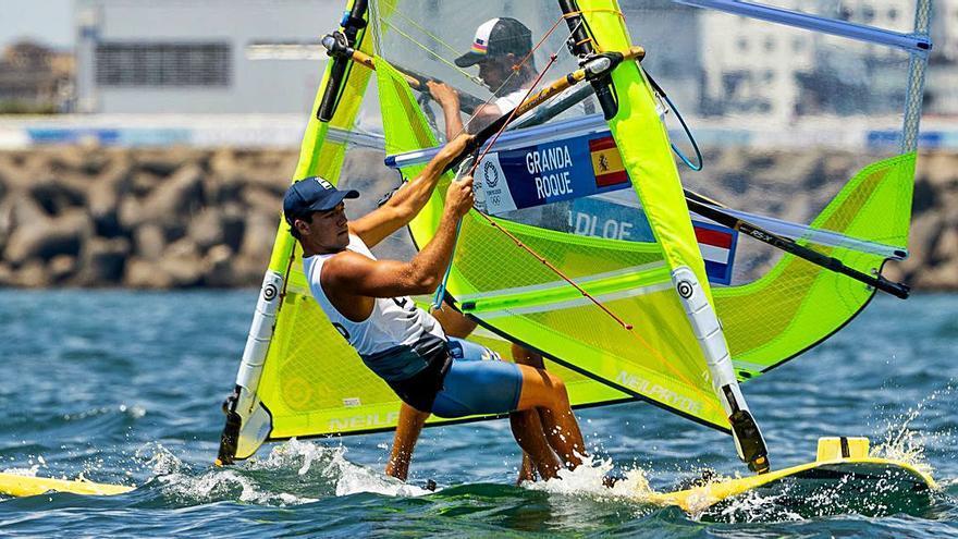 Joel Rodríguez y Ángel Granda zarpan al campo  de regatas de Enoshima