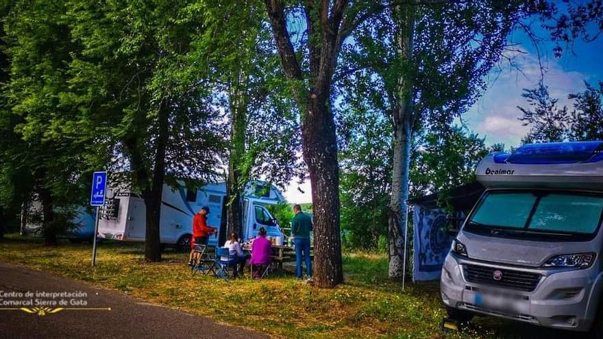 El Área de Autocaravanas Sierra de Gata registra un aumento de turistas