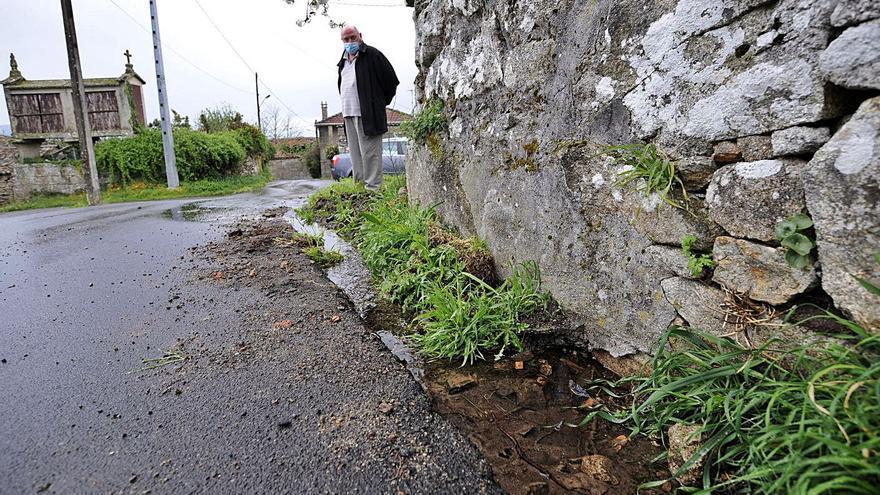 Moimenta pide al Concello que medie en una avería de la traída de agua