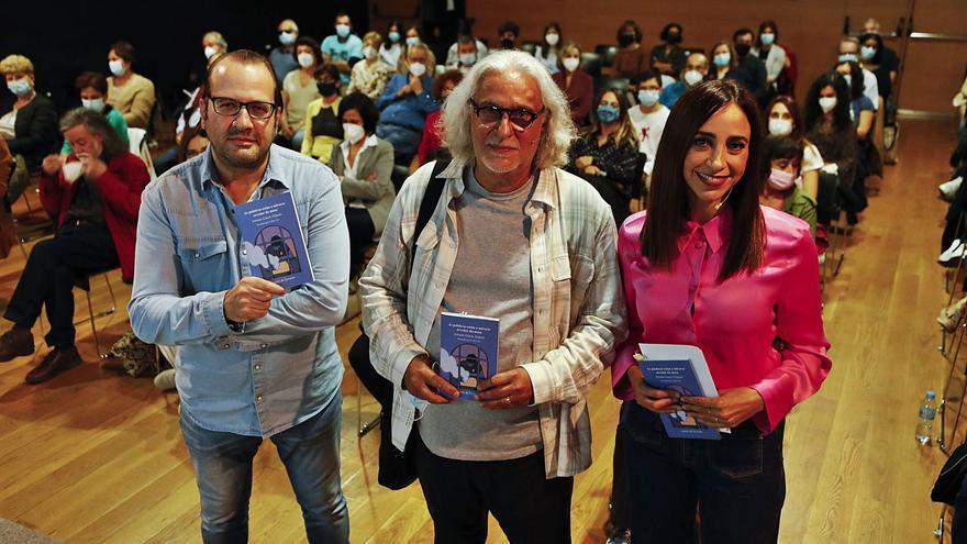"""García Teijeiro: """"Hai medo ancestral á poesía porque é un país de malos lectores"""""""