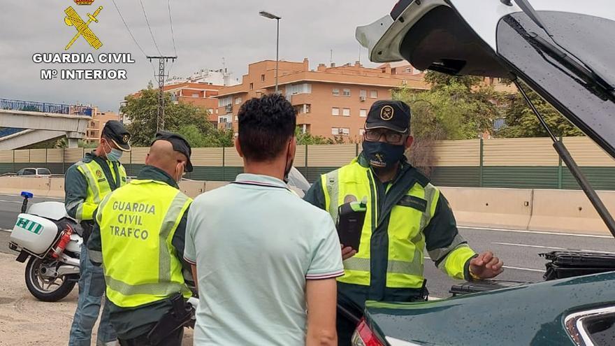 Interceptado un camionero que conducía cuadruplicando la tasa de alcohol por la A-30 en Murcia