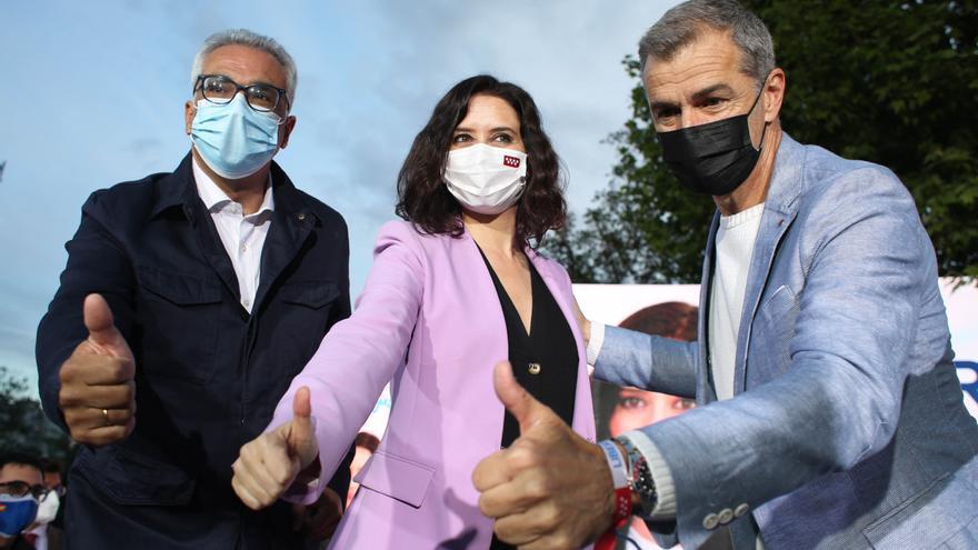 Las elecciones en Madrid siguen viviéndose en clave nacional