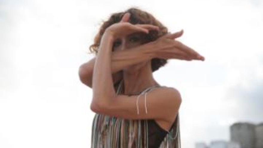 Danza en Breve - Teresa Lorenzo: Claros del Bosque