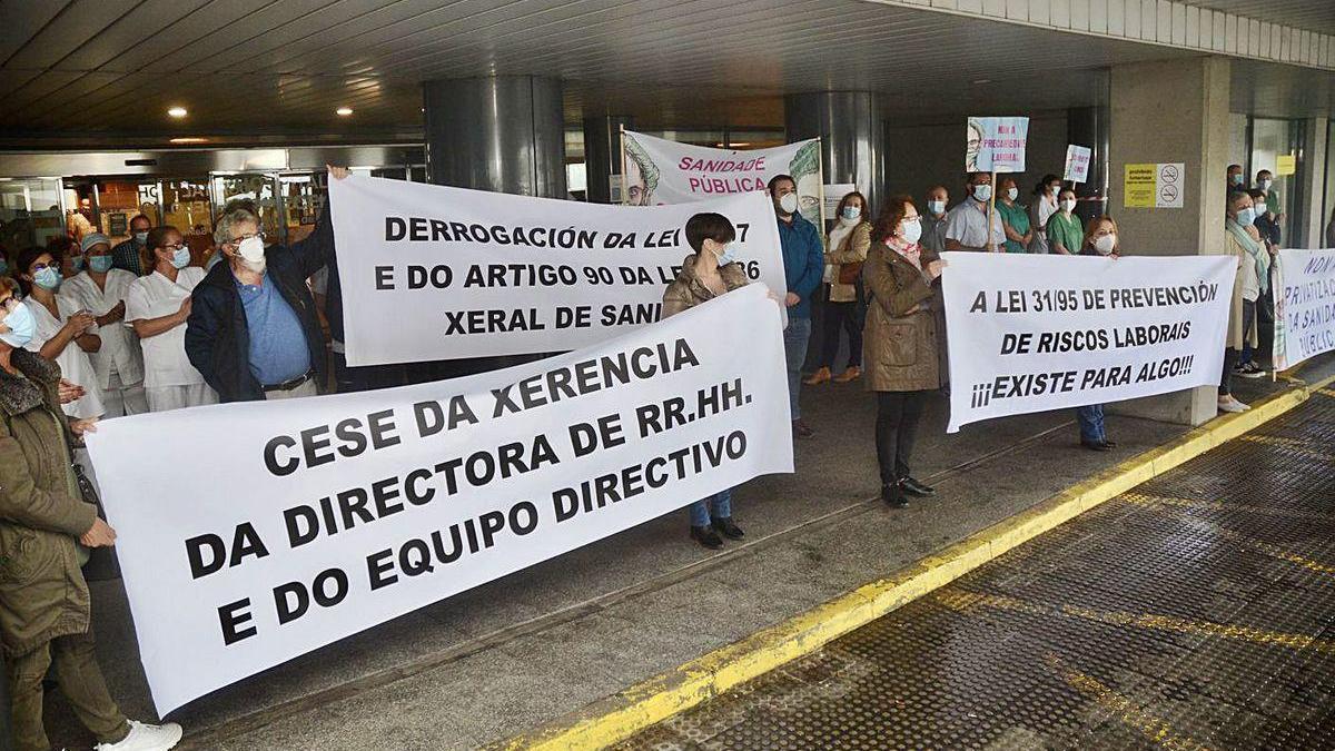 Protesta ayer a la mañana ante el Hospital Montecelo.