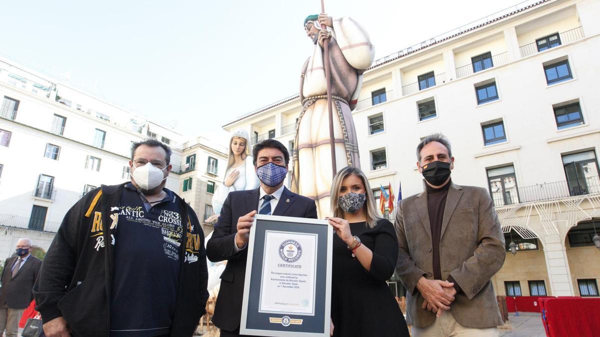Alicante logra el Récord Guinness con el Belén gigante.