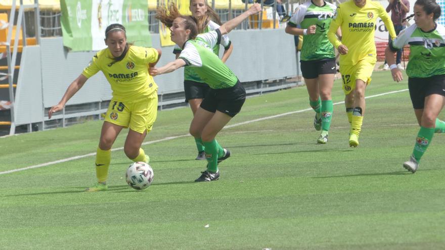 El Villarreal Femenino sella el ascenso a Primera con una goleada ante el Cáceres (4-0)