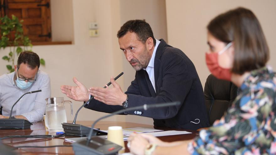 El alcalde de Elche pide extremar la precaución en Nochevieja al dispararse los casos de covid