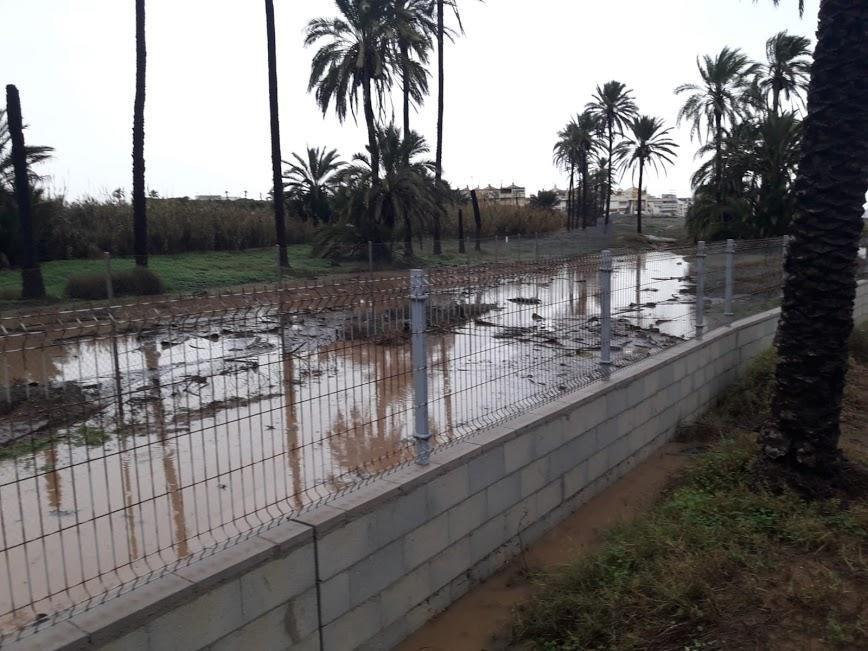 Salvemos Lo Ferrís asegura que le muro en la propiedad privada multiplicó los efectos de las precipitaciones al acumular el agua