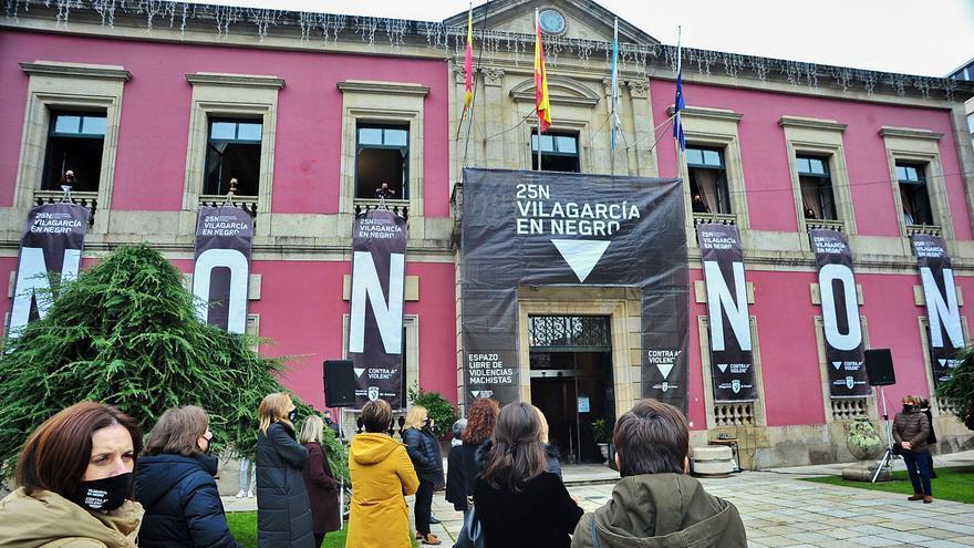 "Arousa alza la voz en las calles e internet contra ""la pandemia machista"""