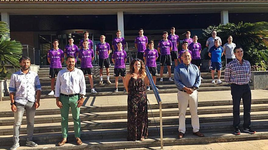 Homenaje del ajuntament de Calvià al filial del Palma Futsal