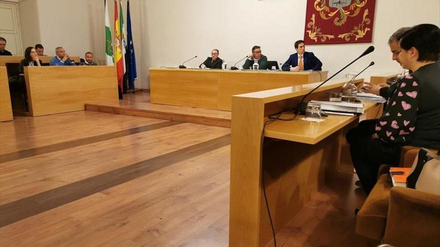 La tasa por retirar vehículos de la vía pública pasa de 36 a 100 euros