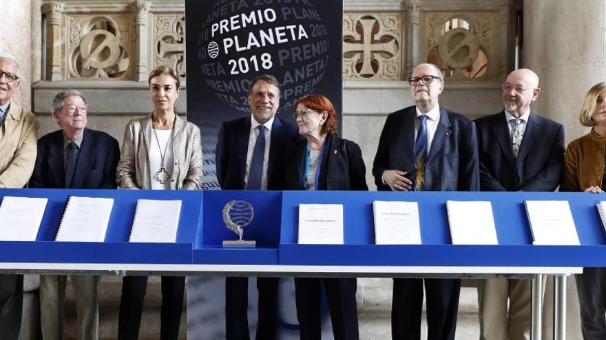 La temàtica femenina i el suspens guanyen terreny en el Premi Planeta