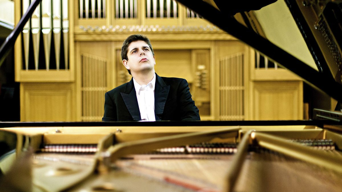 El pianista onubense Javier Perianes durante una de sus actuaciones.