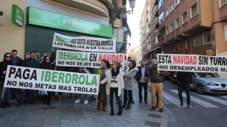 Protesta de empleados de varias subcontratas de Iberdrola - Información