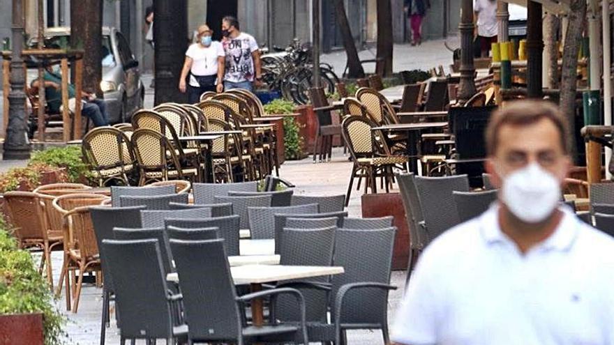 Bars i restaurants catalans podran obrir fins a la una