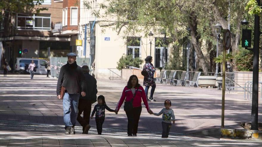 Miles de niños salen a la calle en la Costera-la Canal y la Vall d'Albaida