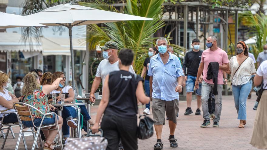 Los contagios siguen sin controlarse en Tenerife: 157 de los 213 en toda Canarias