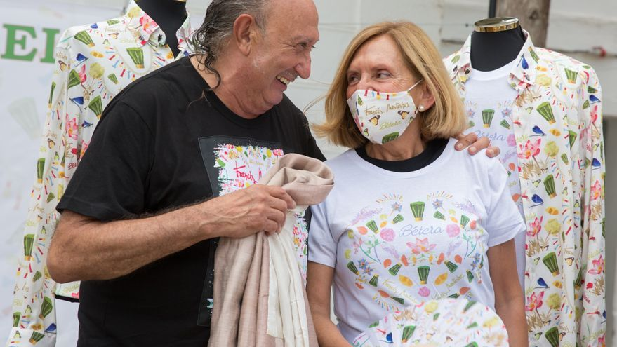 """Francis Montesinos diseña las camisetas de Les Alfàbegues de Bétera en esta edición que se celebra """"Amb el cor"""""""