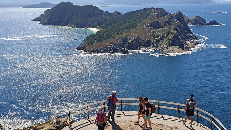 Podrás 'cruzar' el puente del Pilar para visitar las Islas Cíes y Ons