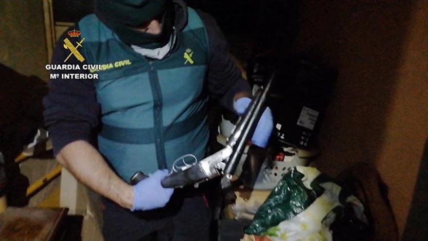 Detienen a 16 personas y desmantelan un grupo criminal en Tenerife