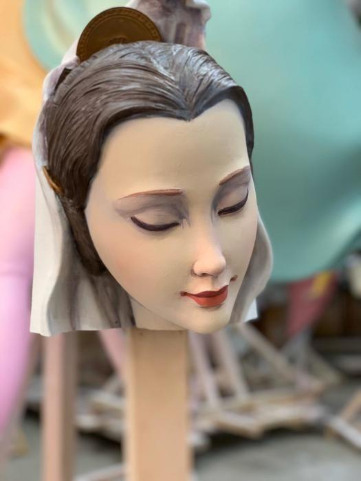 Trabajo de escultura de las piezas