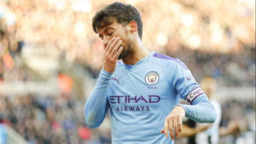 Silva continuará en el City hasta que termine la temporada