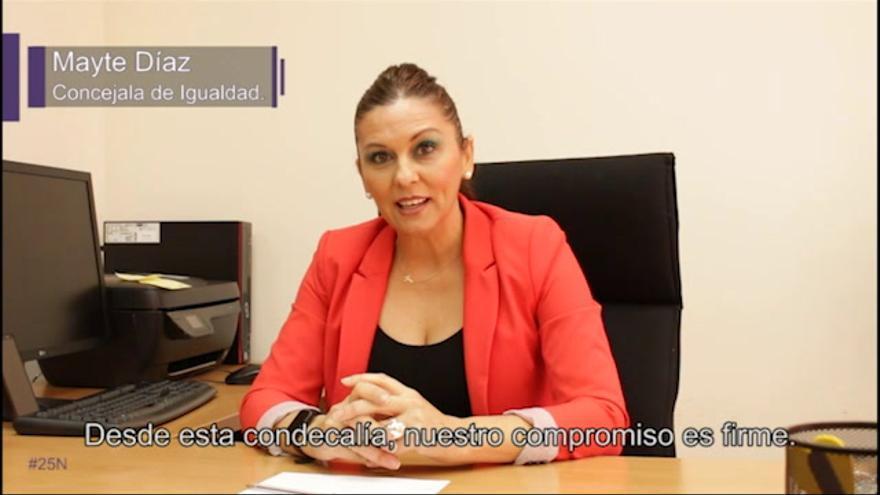 Un vídeo y velas contra la violencia de género en Plasencia